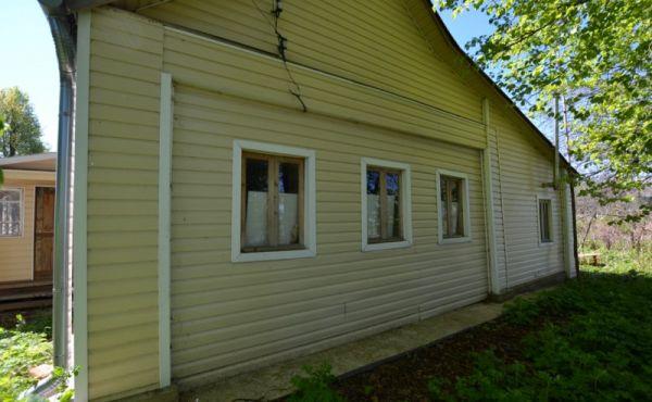 Деревенский дом на 30 сотках в Волоколамском районе